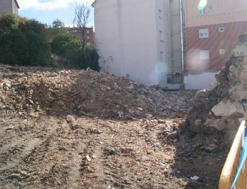 2013-11-21  Derribo ruina Crtra Villacastín (1)_2896x1936