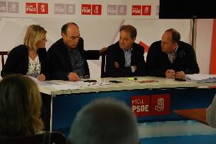 DSC_0013.JPG foto encuentro PSOE modificada