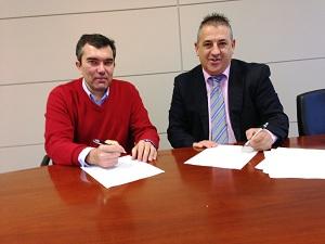 Firma convenio Asetra y Efigest