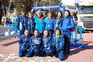 2014-02-11 Equipo cadete femenino con Isaac Sastre