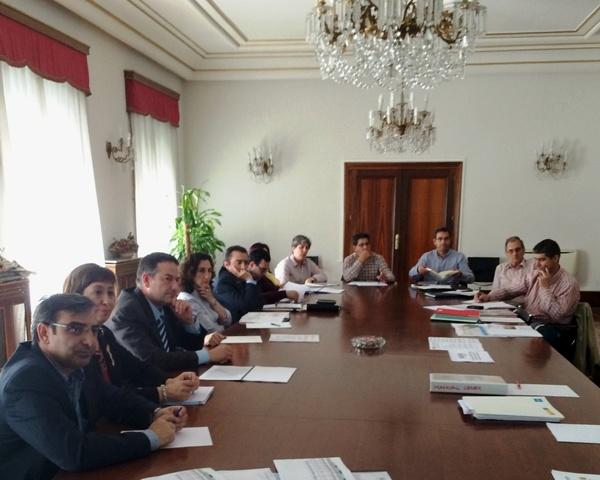 140530 Reunión alcaldes provincia Segovia