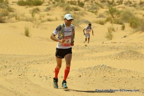 Raúl García Castán en los 100 kilómetros del Sáhara / Pier Luigi Benini