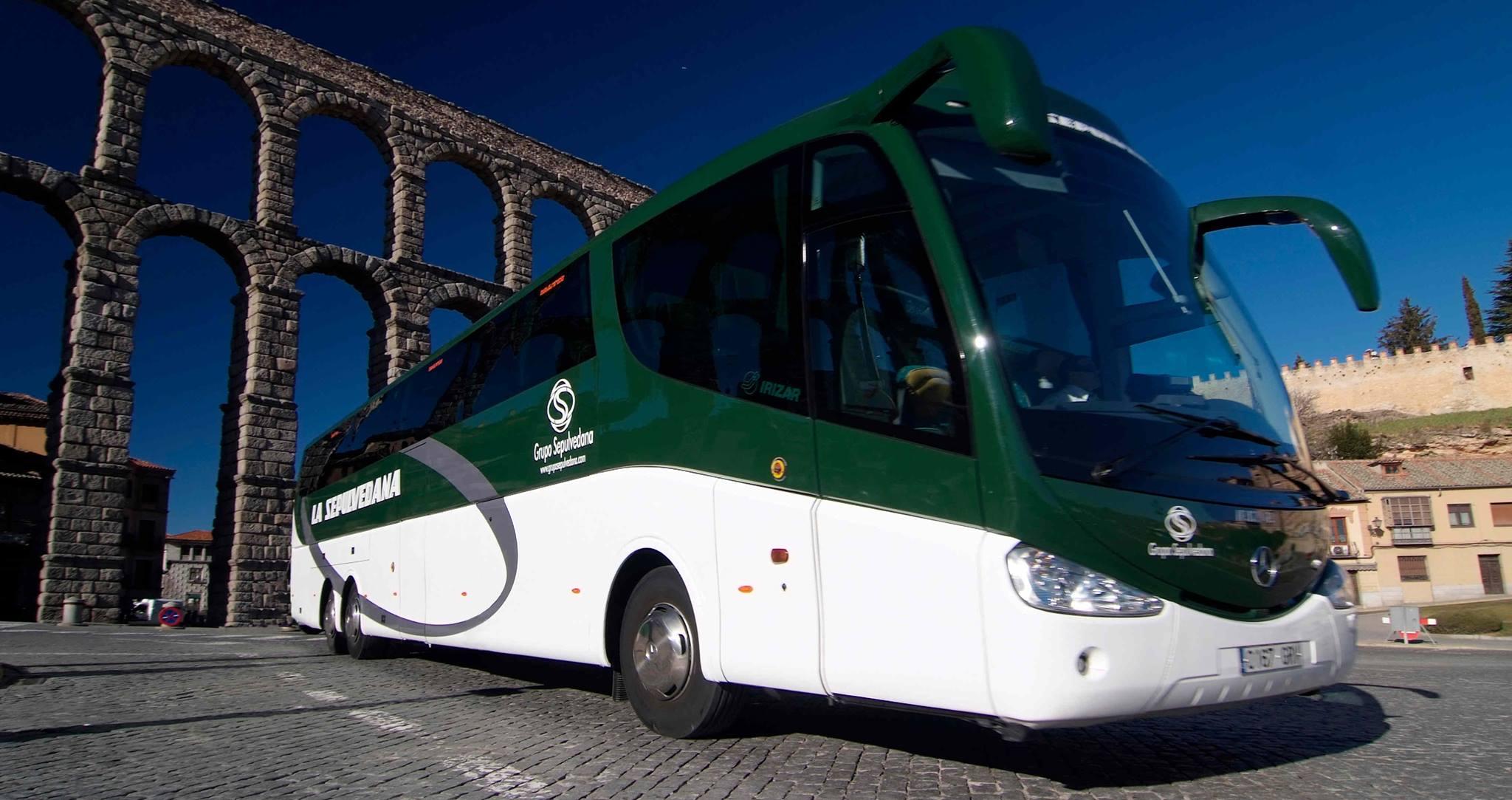La Plataforma de Viajeros VIBUS Segovia exige a la Junta la firma del convenio de transportes con Madrid