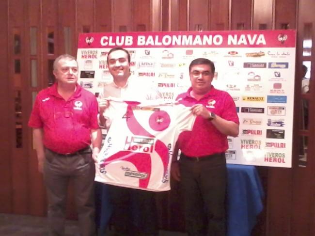 2014-06-13 ALVARO SENOVILLA BALONMANO NAVA