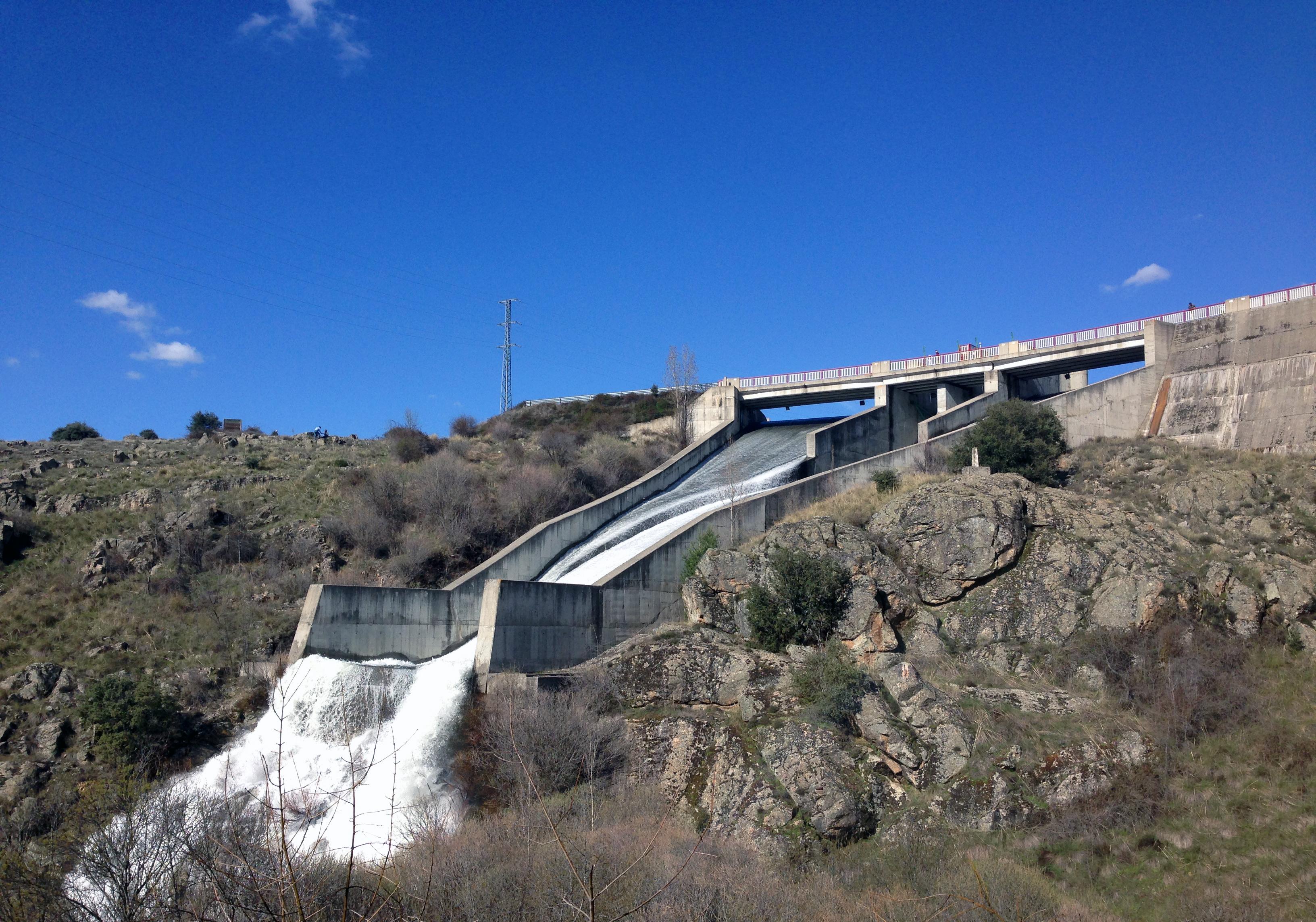 El Ayuntamiento insiste en que Sanidad avala el correcto tratamiento del agua en Segovia