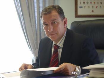 La Junta mantendrá el contrato de los comedores escolares con Serunión mientras los informes no demuestren incumplimiento