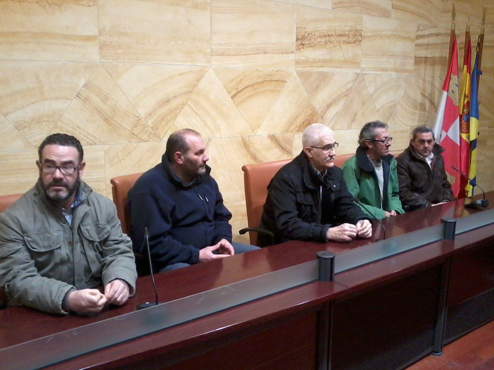 La directiva del CD La Granja presenta la dimisión