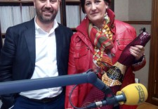 Yolanda Gil ganadora del Jamón Ibérico de Cebo Faustino Prieto sorteado por Radio Segovia