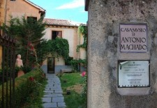Segovia rinde homenaje a la figura de Antonio Machado