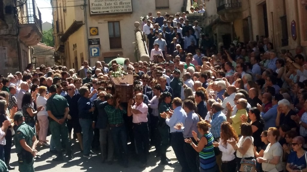 181711 funeral victor barrio_ fotos maria yague 5