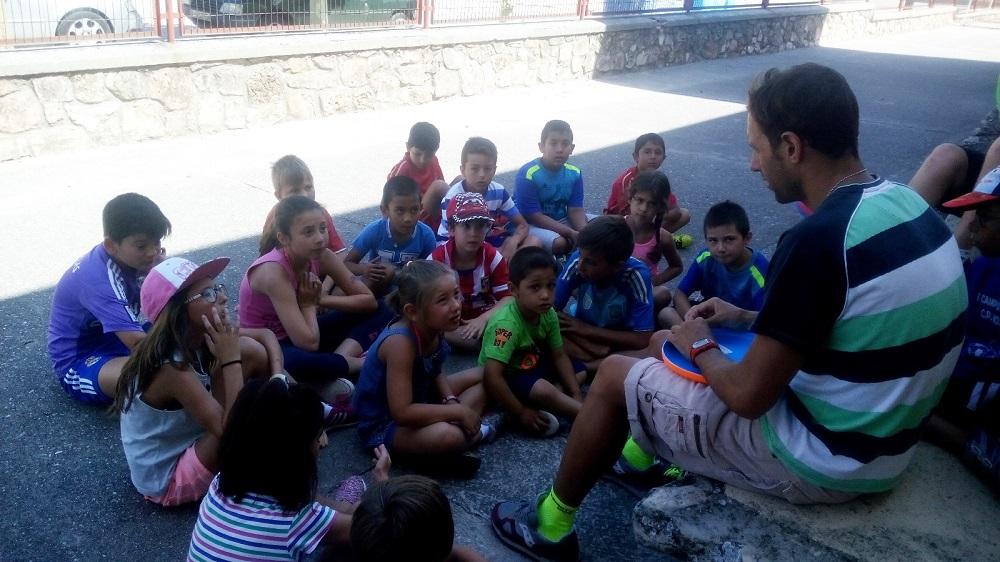 niños campamento 2