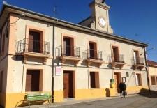 El Ayuntamiento de Aguilafuente asegura que está sustituyendo la red de abastecimiento
