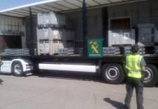 La Guardia Civil detiene en El Espinar un camión robado con 24 toneladas de plomo