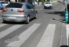 IU Segovia pide que se arreglen los baches de la calle Obispo Quesada