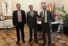 Diputación y Caja Viva Caja Rural firman un convenio destinado a los emprendedores