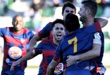 Gimnástica Segoviana 3 – Zamora 0 / Doce jornadas sin perder y cinco sin encajar un gol