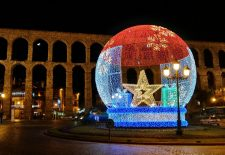 La Navidad llega a Segovia con el encendido de las luces